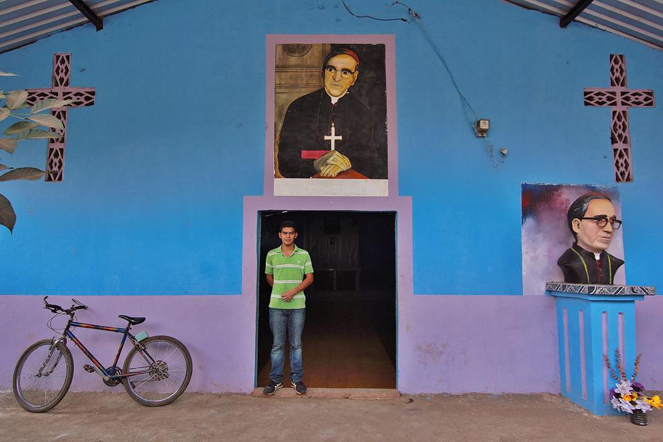 Monseñor Romero en la piel y en la piedra