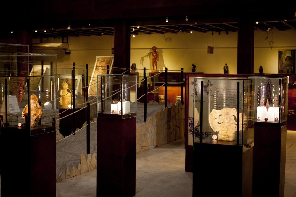 Guatemala reclama piezas arqueológicas robadas que se exhiben en ...